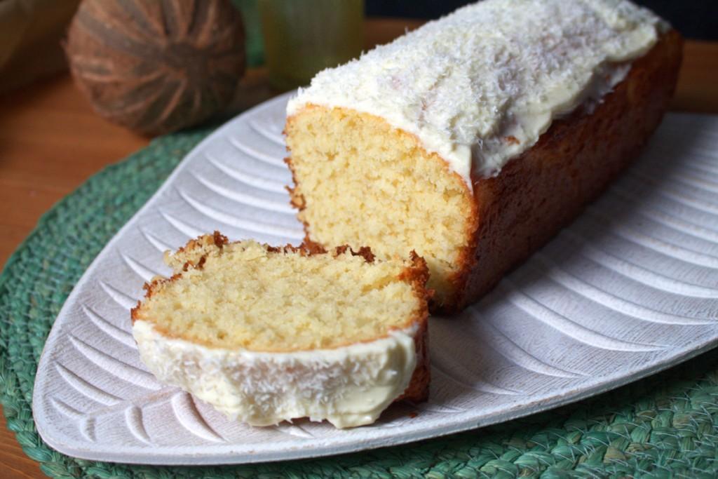 Frau-Hoffmanns-Backblog-Zitronengras-Kokos-Kuchen