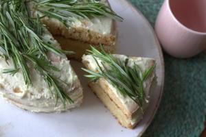 frau-hoffmanns-rosmarin-lemoncurd-torte-4